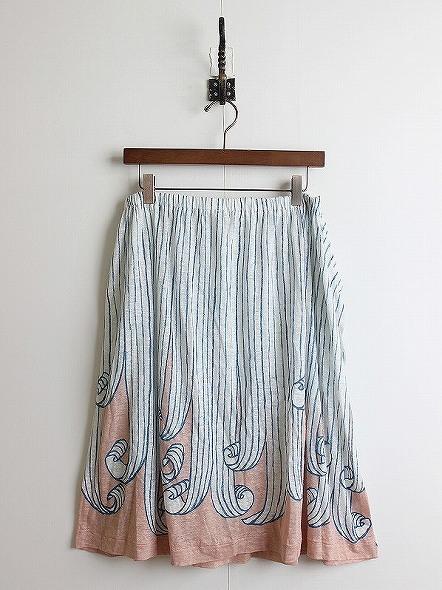swing スカート